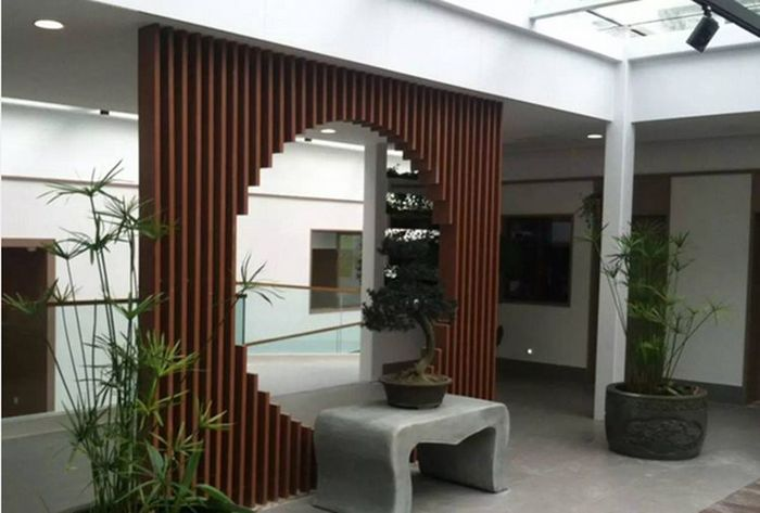 天然木飾面鋁方通隔斷2.jpg